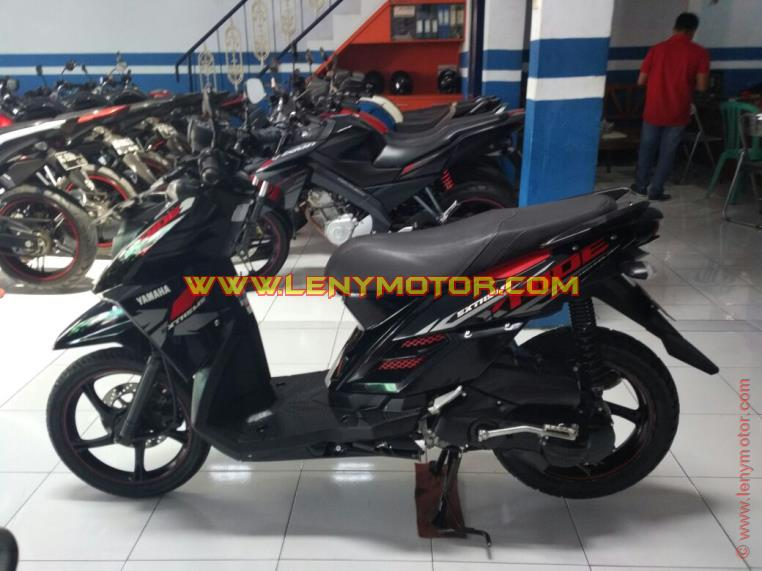 Harga Pasaran Motor Bekas Yamaha X Ride Std 2014 Warna Hitam Merah